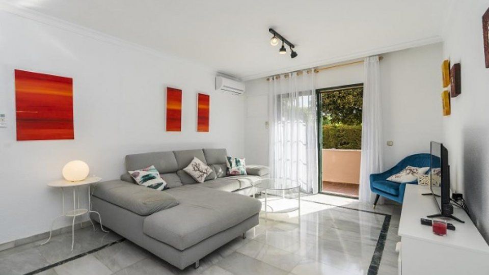 TERRAZAS DE BEL AIR. IDEALLY FOR TEACHERS, 3 BEDROOMS. 950€